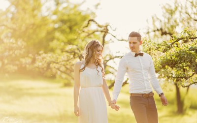 Desi & Hannes – Beautiful styled shoot at sunset in Niefern