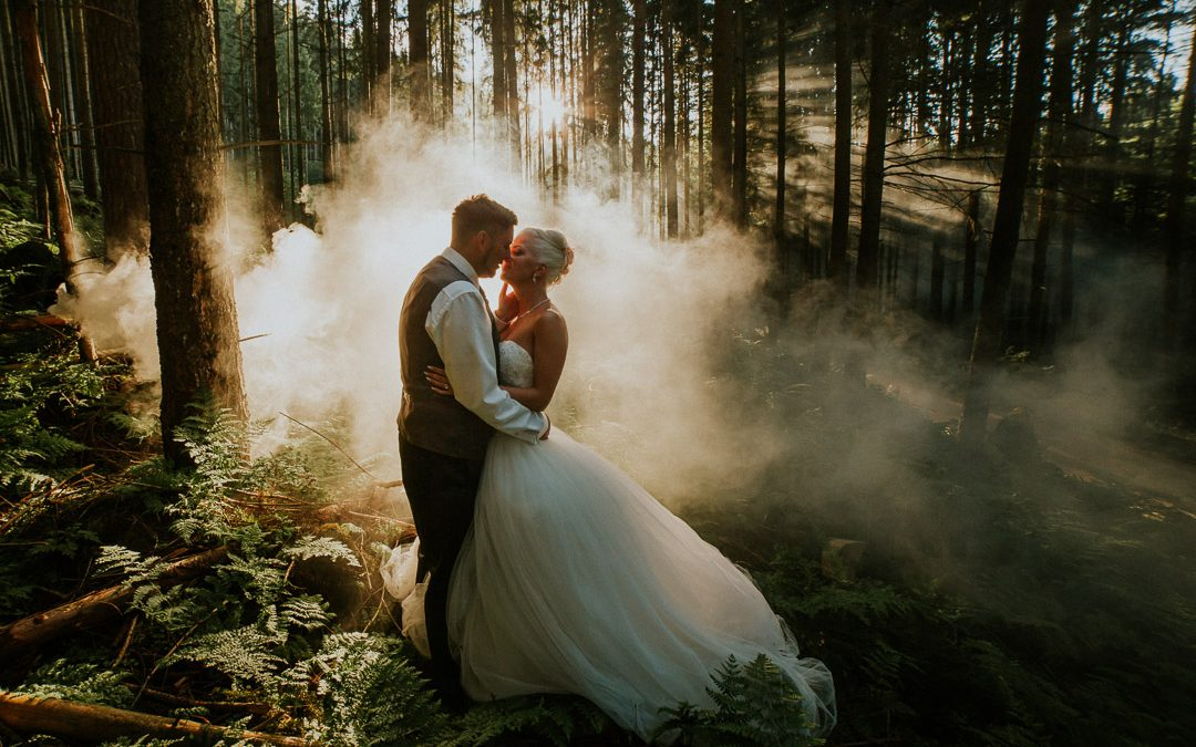Daniela & Raphael – Forest and Smoke – After wedding shoot in Schwarzwald