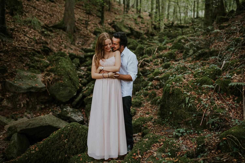 evelyn-denis_engagement-photo-shoot-in-pforzheim_13